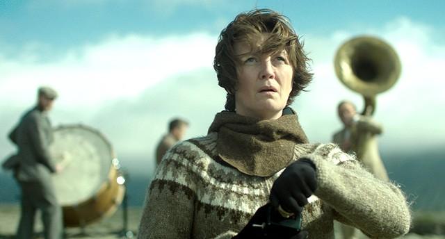 Kvinde på krigsstien